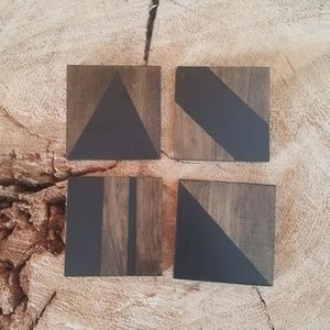 Handmade Accents - Handmade Set of Four Wooden Geometric Coasters